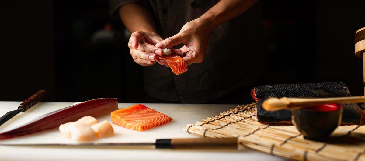 things to do sushi class