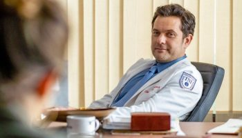 """Joshua Jackson plays the titular Christopher """"Dr. Death"""" Duntsch, a former Baylor surgeon accused of maiming patients 