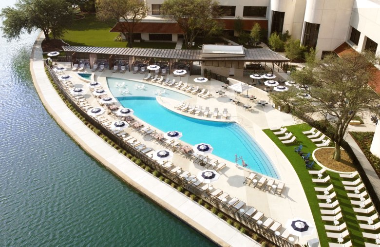 the life at the lakehouse party at omni las colinas is just one of the local labor day ideas we have just for the grown-ups this weekend!