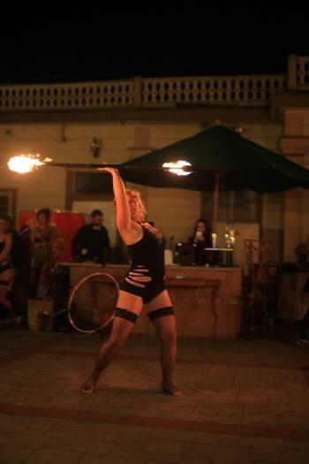 http://localsantacruz.com/performance/gold-town-burlesque/