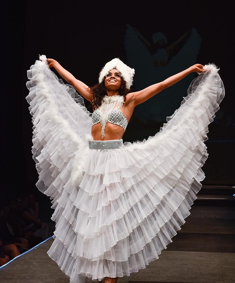 Marise Oliveira, Agua's Art Clothing. Photo by Jana Marcus.
