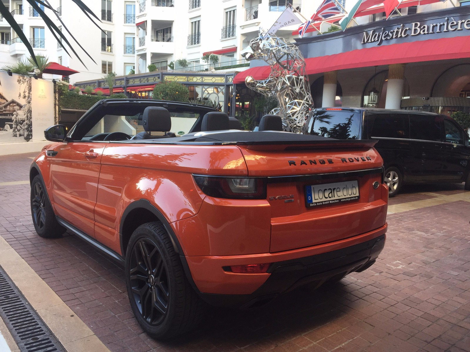 Rent a Land Rover Range Rover Evoque Cabrio in Nice Cannes