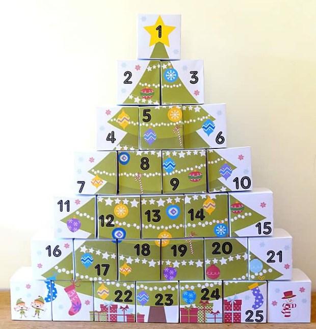 Arbol navidad cajas calendario adviento