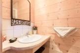Salle de douche appartement location Saint Gervais