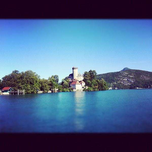 Grand beau temps sur le lac d'Annecy
