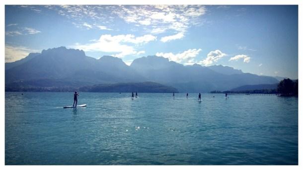 Stand up paddle l'été sur le lac d'Annecy