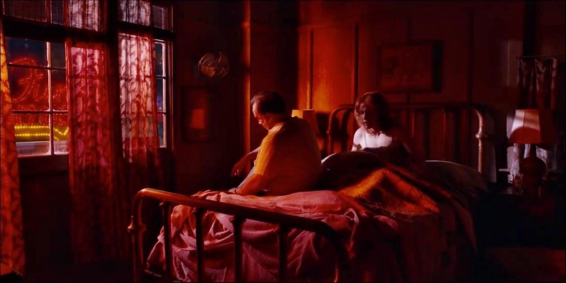 La ruota delle meraviglie: scorci di luce su una buia quotidianità l'occhio del cineasta