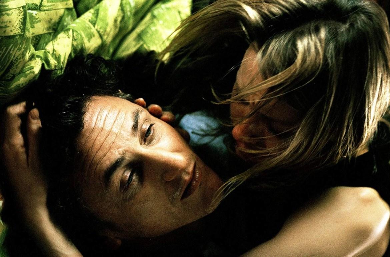 Sean Penn and Naomi Watts in 21 Grams (2003)