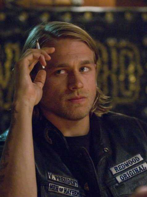 Charlie Hunnam nel pilot di Sons of Anarchy