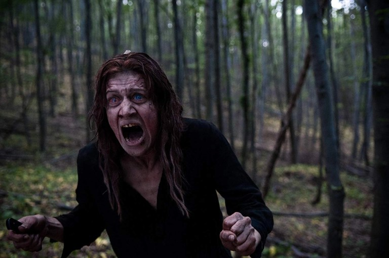 Open Grave (2013) zombi film apocalittico