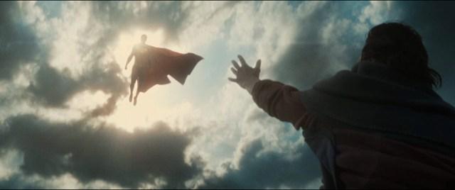 Batman v Superman: Dawn of Justice -  Una pallida alba di giustizia 3