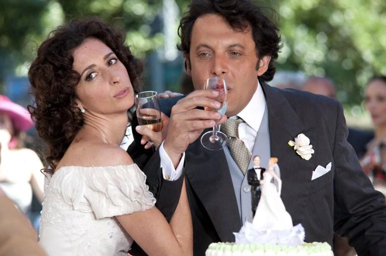 Enrico Brignano e Teresa Mannino in Ex - Amici come prima