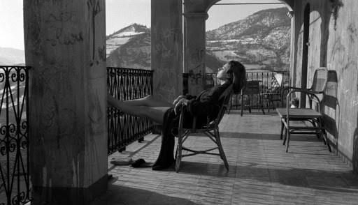 Paola Pitagora in una scena del film