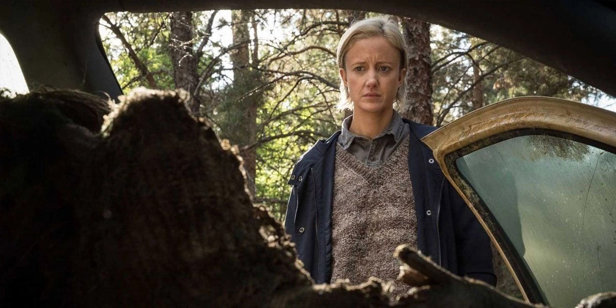 Andrea Riseborough in The Gruddge (2020)