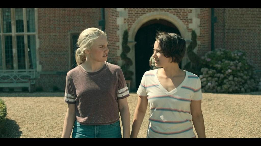 Hanna 2x01 - Safe