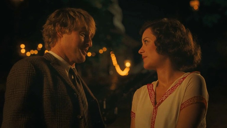Owen Wilson e Marion Cotillard in Midnight in Paris