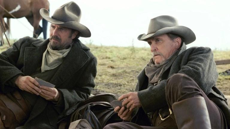 Kevin Costner e Robert Duvall in Terra di confine - Open Range (2003)