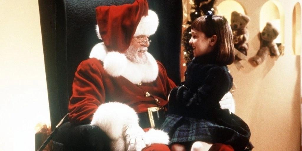 Miracolo nella 34ª strada (1994): Richard Attenborough dà vita ad un classico del Natale (con un focus sul film del '47) 4