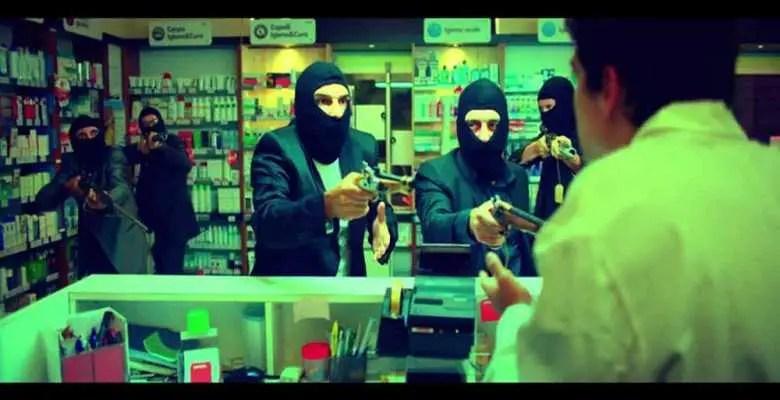 Smetto quando voglio (2013): una commedia che crea dipendenza 4