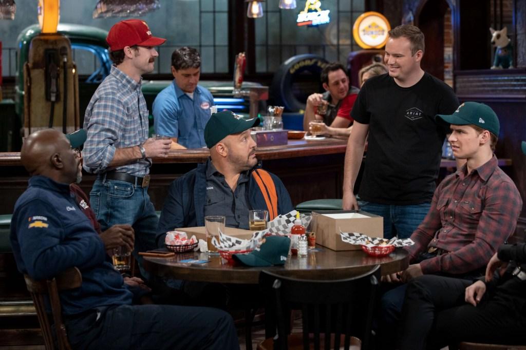 The Crew: Kevin James in una sit-com dal carattere vintage 8