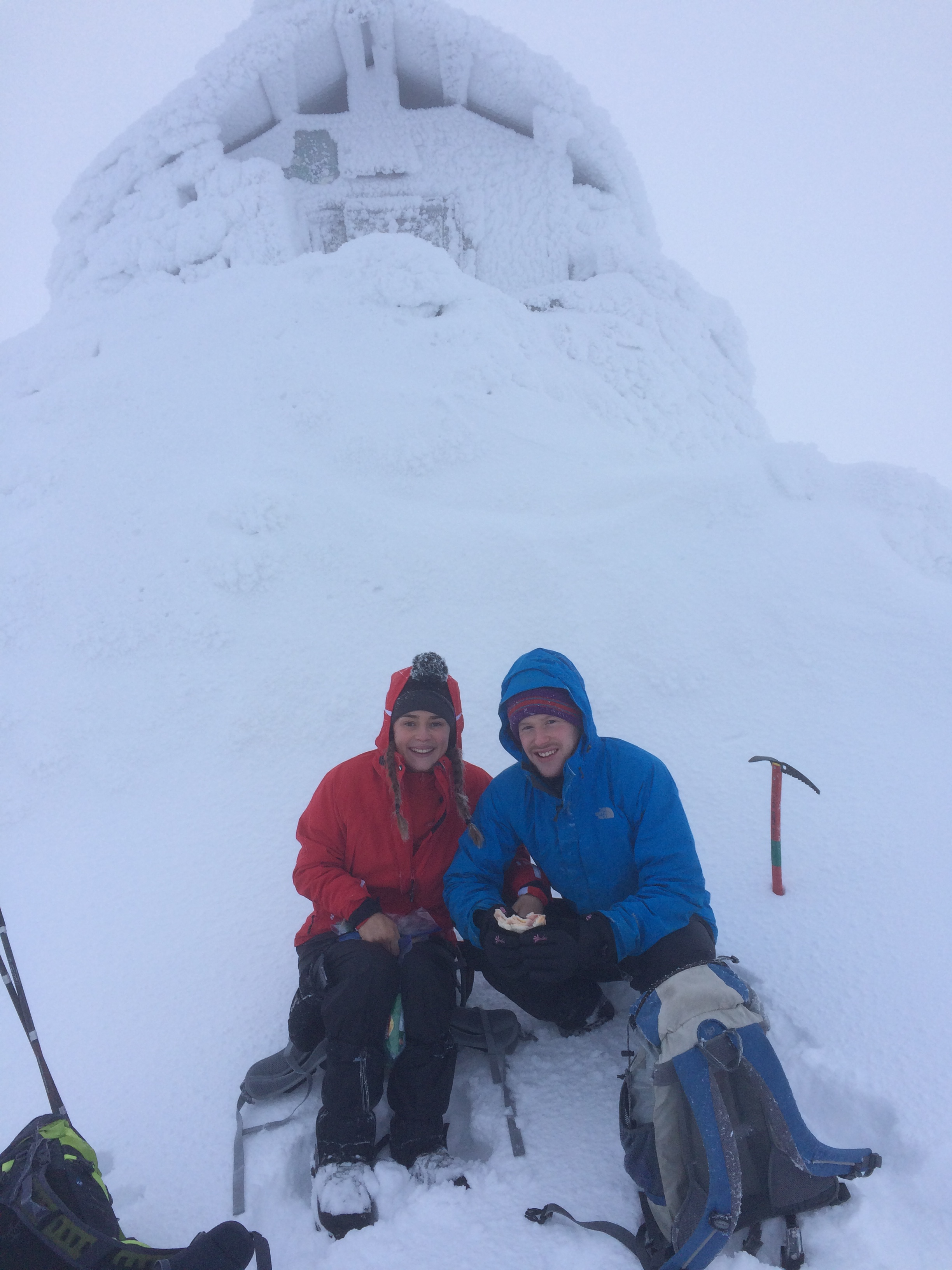 Ben Nevis Winter Ascent, Ben Nevis Winter Guide, Ben Nevis Mountain Guide, Ben Nevis Winter Climb, Ben Nevis Winter Walk, Climb Ben Nevis in Winter