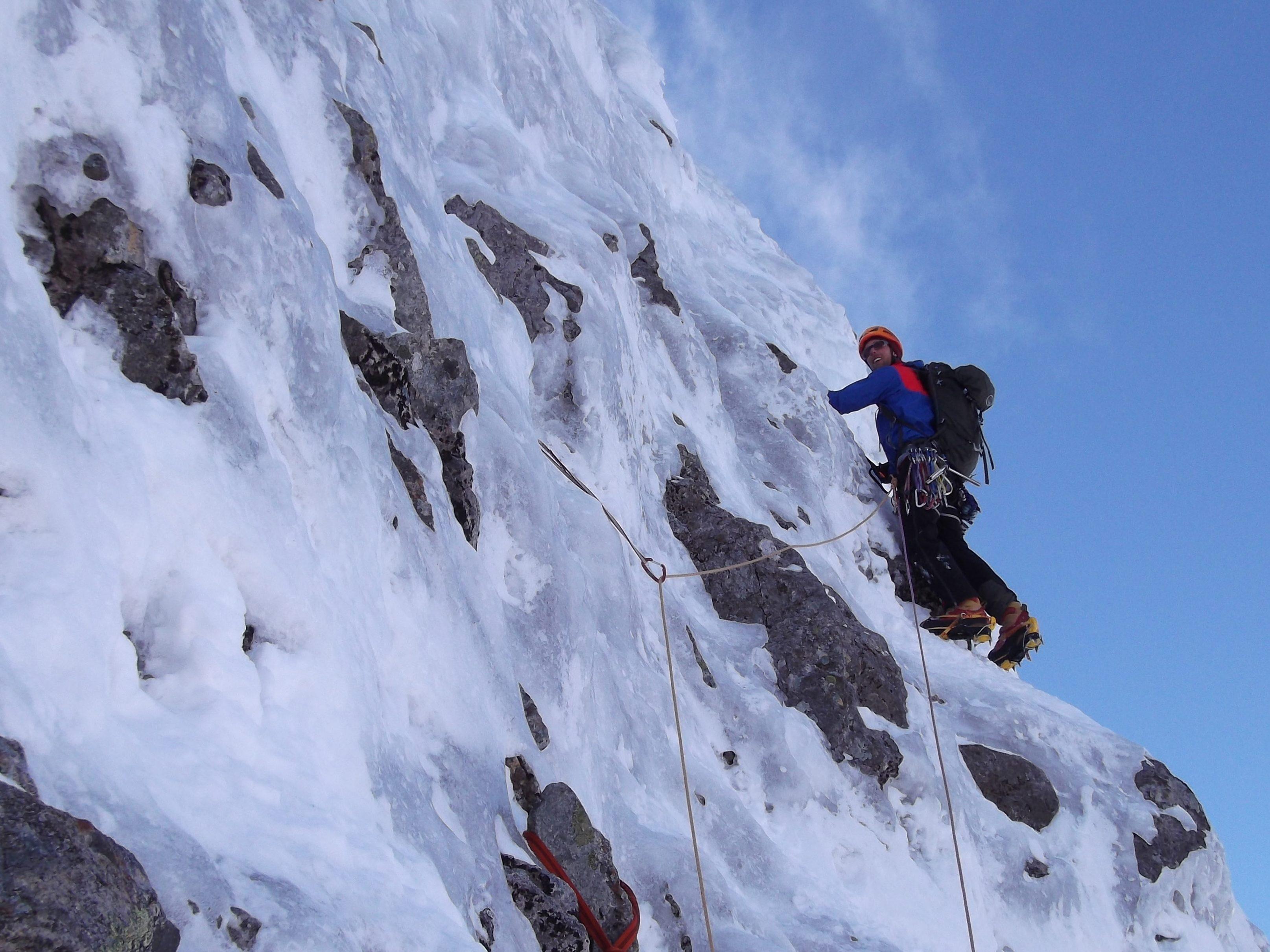 Winter Climbing Guide, Winter Climbing Courses in Scotland, Ice Climbing Guide Ben Nevis, Ben Nevis Climbing Guide,