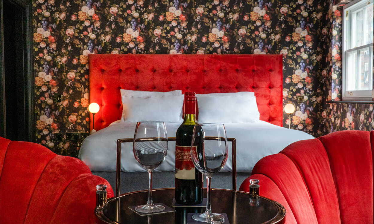 Room 12 - Large Twin or Double Room