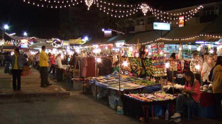 泰國清邁必去景點 - 清邁夜市