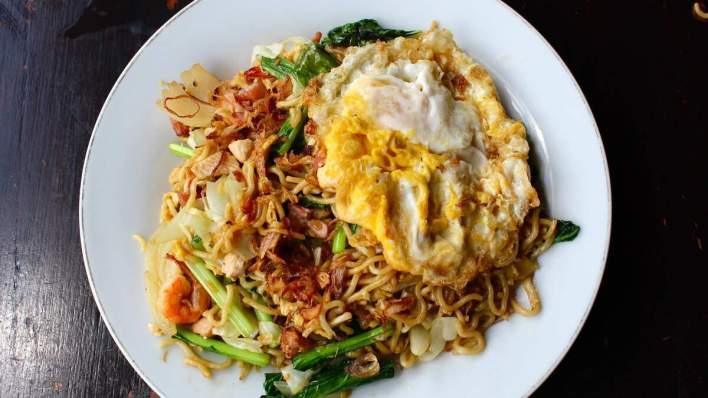 峇里島必吃美食 - 印尼炒麵 Mie Goreng