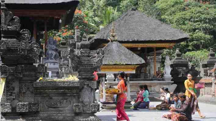 峇里島旅遊度假攻略 - 宗教寺廟