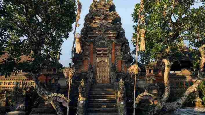 峇里島旅遊度假攻略 - 烏布王宮 Ubud