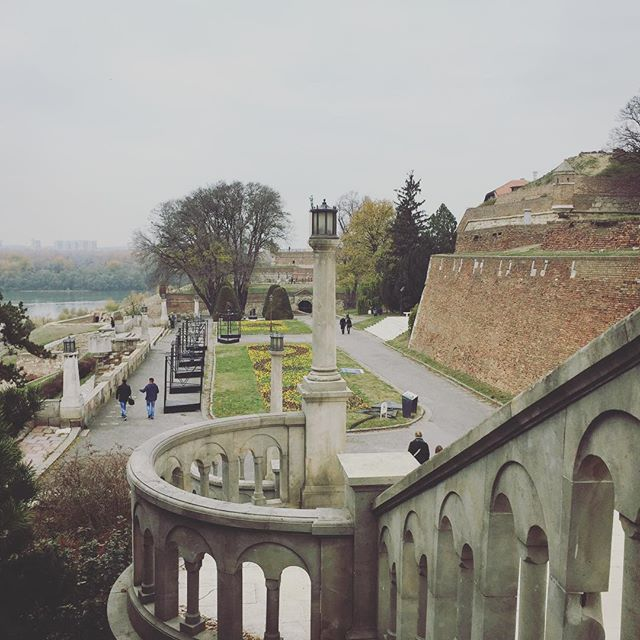 One of my favourite places to be, to rest, to dream, to think, to let go- doesn't mind if spring, summer, autumn or winter #kalemegdan #fortress #beograd #homesweethome #happyplace #history