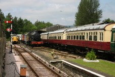 South Devon Railway - Buckfastleigh (4920 Dumbleton Hall) Hawksworth Autotrailer W225W (used on Tivvy Bumper)