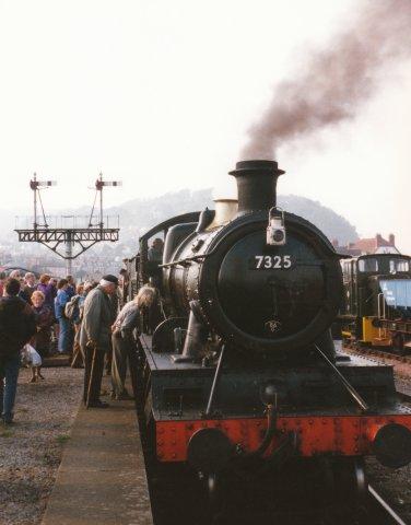 021 - Minehead - 43xx Class 7325 & 4073 Castle Class 7029 Clun Castle