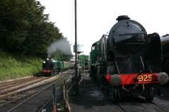 016 - Watercress Railway - Ropley - Schools Class V - 925 Cheltenham & 850 Lord Nelson