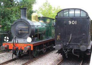2014 Bluebell Railway - East Grinstead - SECR C class 592 Birdcage 2nd 3rd Lav Brake 1084 later Southern Railway No 3363