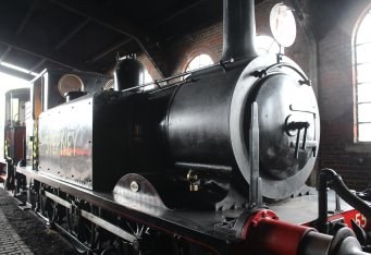 2014 Bluebell Railway - Sheffield Park - Ex-LBSCR A1X Terrier class 55 Stepney lined black