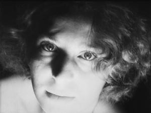 Bacchante (F. and S. Themerson, Europa, 1932)