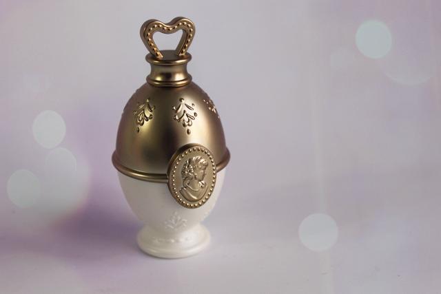 """""""Les merveilleuses de Ladurée"""" et mon petit œuf d'or"""