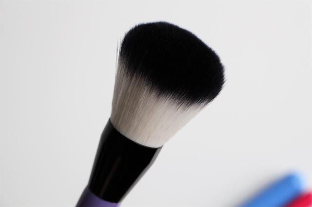 neve cosmeticslilac powder