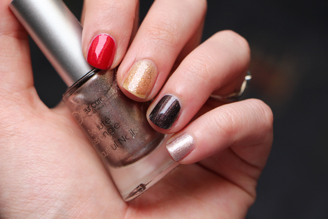 couleur caramel nails