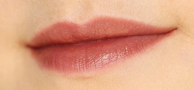lipschanel5
