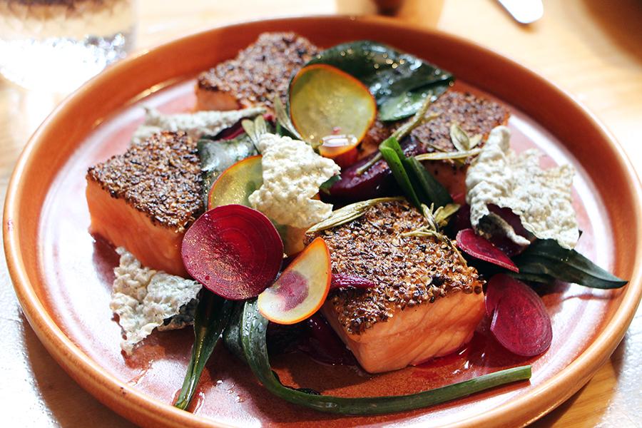 chanel saumon