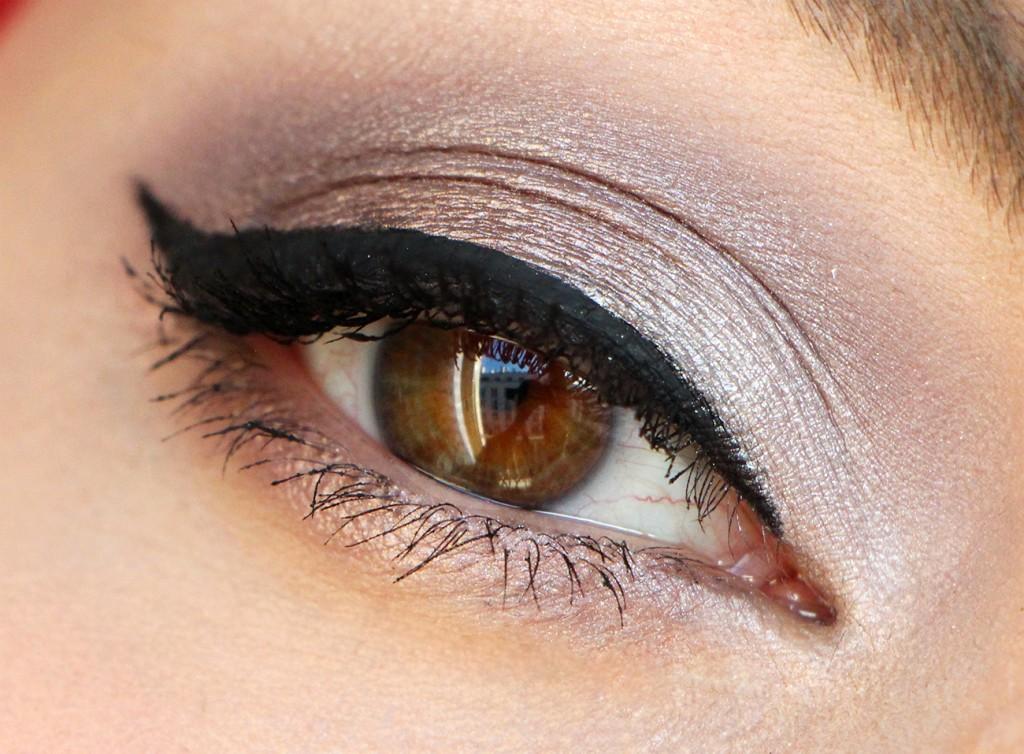 zoeva eye 11