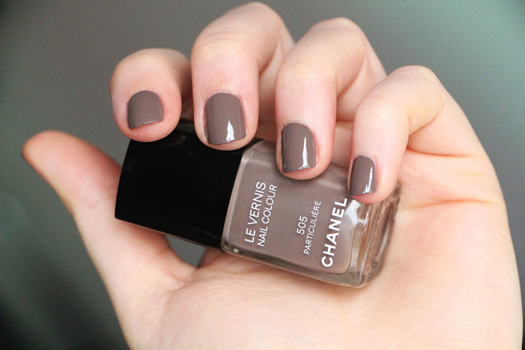 chanel nails particuliere 3