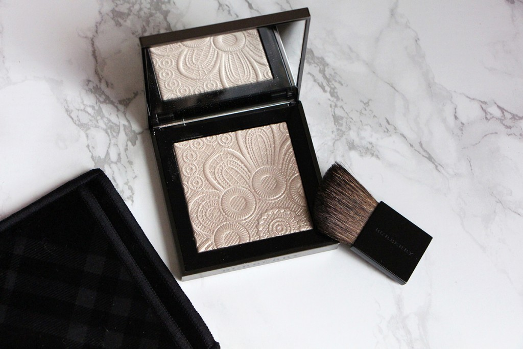 highlighter burberry RUNWAY PALETTE PRINTEMPS ete 2016 NUDE GOLD 2 open poudre