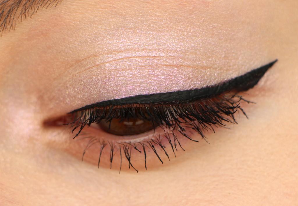 chanel eye illusion dombre
