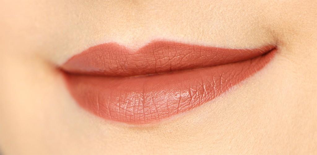 overheated lips nars