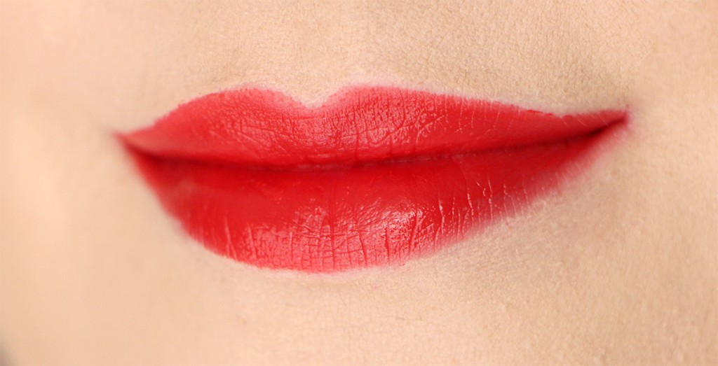 dior-080-red-smile-lips