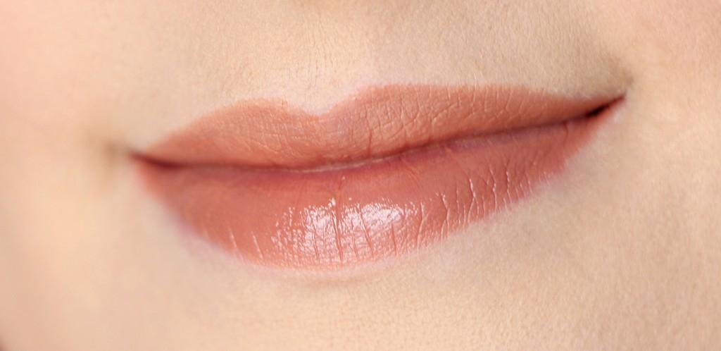 estee-lauder-victoria-beckham-rouge-a-levres-lipstick-brazilian-nude